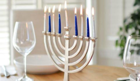 The festival of lights, the holiday that lasts 8 days: Hanukkah is full of joy for both children and adults